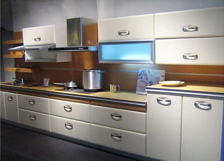 High gloss kitchen cabinet customized kitchen cabinets for Shiny white kitchen cabinets